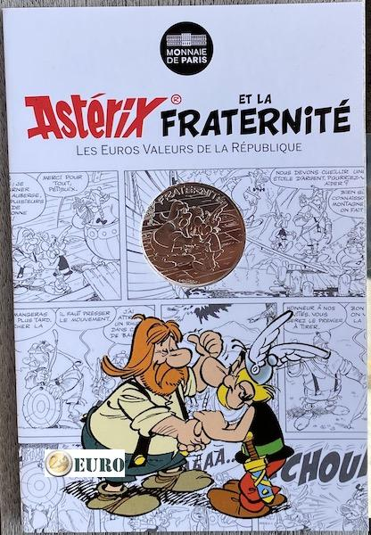 10 euro France 2015 - Asterix fraternité in Switzerland - in coincard