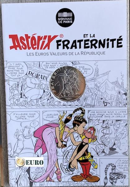 10 euro France 2015 - Asterix fraternité and the Actress - in coincard